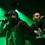 Raperski dvojec Tropski & Nite, ustvarjajoč svojevrsten glasbeni stil.