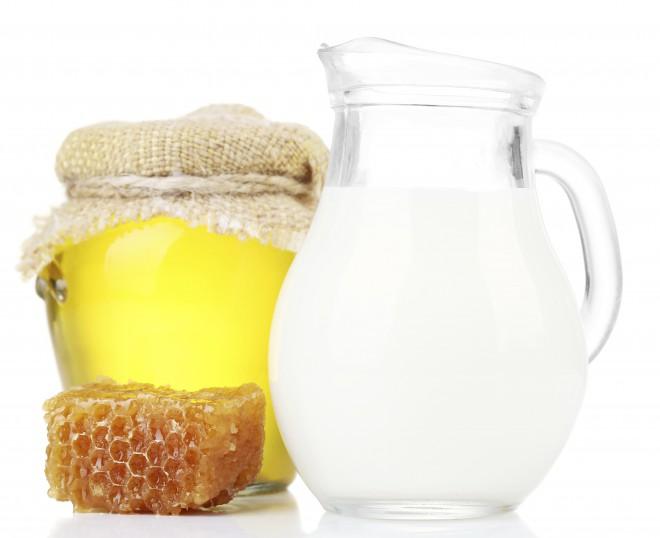 Med in mleko