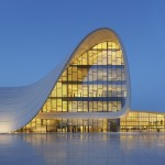 Arch2O-Zaha-Hadid-Heydar-Aliyev-Center-HAC_Exterior_Photo-by-Hufton+Crow-2