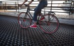 281_1lifestyle_biking_city