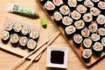 makis-saumon-avocat-avocado-salmon-sushi-rolls-1-of-1-3