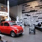Merci je simpatična veleblagovnica v Parizu, ki jo redno obiskuje oblikovalka Collette Dinnigan.