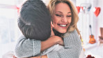 Tega ne moreš skriti: 10 očitnih znakov, da si se NESMRTNO zaljubila