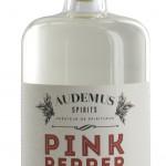 December je čas kuhanega vina. Poletja je že dolgo konec, a Pink Pepper je gin, ki tudi v zimskih mesecih v spomin prikliče misel na poletne dni. Pink Pepper je gin, ki slovi po estetskem pakiranju, zato je v božičnem času odlična ideja za darilo. Izdelujejo ga v omejenih serijah, zato v spletnih trgovinah hitro poide. V Sloveniji še ni dostopen v prosti prodaji. Trenutno ga prodajajo v Angliji in Franciji ter v spletni trgovini londonske veleblagovnice Selfridges.