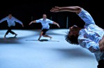 Prizor iz predstave Sezona lova koreografa Milana Tomašika (foto: Stanislav Dobak