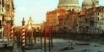 Kanali v Benetkah brez vode.