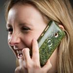 O2-jev pametni telefon z recikliranim ohišjem.