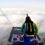 BASE jump v Dubaju