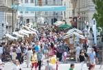 Poletna vinska razvajanja v Ljubljani.