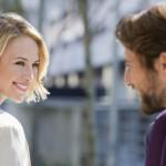 Preverite, kaj znanost pravi o flirtanju.