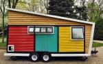 Mini hiša na kolesih Toybox Home ima vse kar imajo veliki.