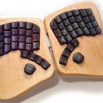 Lesena tipkovnica Keyboardio Model 01 bo spremenila tipkanje na bolje.
