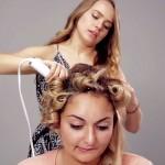 Ko hčerke zaupajo mamam, da jim izberejo tip frizure