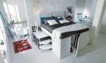 Container - postelja, ki pod seboj skriva garderobno ''dvorano''