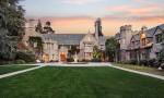 Playboyev dvorec je naprodaj