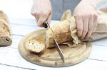 Kako rešiti trd kruh?