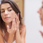 4 slabe navade, ki škodujejo naši koži