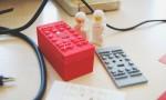 BuWizz je zmogljiv motorček za Lego kocke, ki omogoča brezžično upravljanje z velike razdalje.