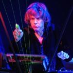 Jean–Michel Jarre - vrača se francoski pionir elektronske glasbe