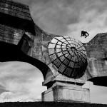 Skejtanje po hrvaškem spomeniku