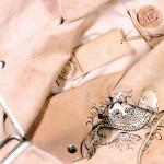 Pure Human - modna kolekcija iz človeškega usnja