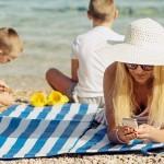 Vododporni pametni telefoni za na plažo