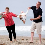 Kako javnost različno sodi mame in očete z otroci.
