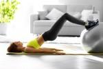 Naprava in pripomočki za vadbo doma.