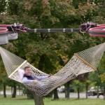 Viseča mreža z droni