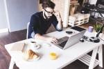 Urejen delovni kotiček pripomore k naši učinkovitosti (Foto: Shutterstock)