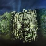 Street Art 2.0 - projekcije obrazov na krošnje dreves.