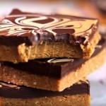 Recept - čokoladne tablice z arašidovim maslom