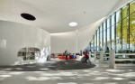 Futuristična knjižnica v Franciji: knjižnica po vzoru pisarn iz Silicijeve doline
