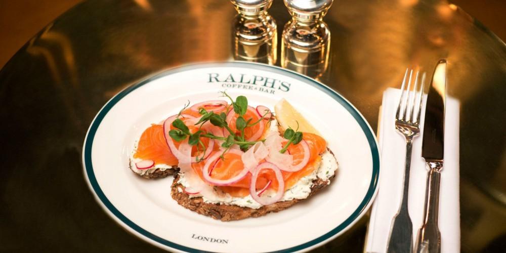 Ralph 39 s coffee bar ralph lauren v londonu odprl lokal for Ralph s coffee london