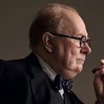 NAJTEMNEJŠA URA_Gary Oldman kot Winston Churchill