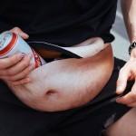 The Dadbag: bizarna torbica za moške, ki si želijo trebušček.