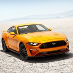 2018-Ford-Mustang-GT-V8-with-Performance-Pack-front-three-quarter-static