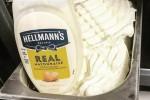 Ljubitelji majoneze, ta sladoled je narejen posebej za vas.