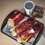 Ob naslednjem naročilu v McDonald'su boste morda prejeli tudi obutev.