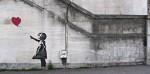 Banksy: 'razstava' satiričnih umetnin anonimnega grafitarja v Milanu.