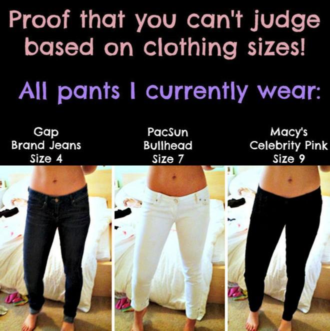 Ženska obleče hlače različnih velikosti in pokaže e6ae43b05a