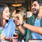 Znanost je potrdila: pari, ki se imajo resnično radi, se v zvezi zredijo