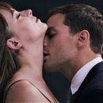 Spalnica je brezveze: 7 vročih idej, kako začinita vajin seks