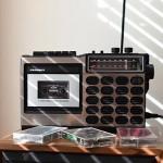 Crosley CT100: podoživite glasbo prejšnjega stoletja z ikoničnim retro kasetofonom.