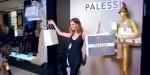 Payless je odprl lažno luksuzno trgovino, v katerih so ljudje kupovali 20 dolarjev vredne čevlje za 640 dolarjev.