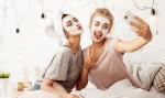 To je pravi čas, ko bi si morala umiti obraz in to ni tik pred spanjem