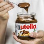 Svetovni dan Nutelle: reka čokoladne kreme in žlica v roki