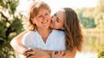 Ko te prizadenejo starši: besede bolijo, vendar jim le zaradi enega razloga morate odpustiti