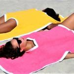 Towelkini: zaradi tega lahko letos greš gol na plažo!