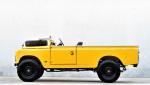 "Land Rover Series 2A LWB: retro terencu so ""odrezali streho"""